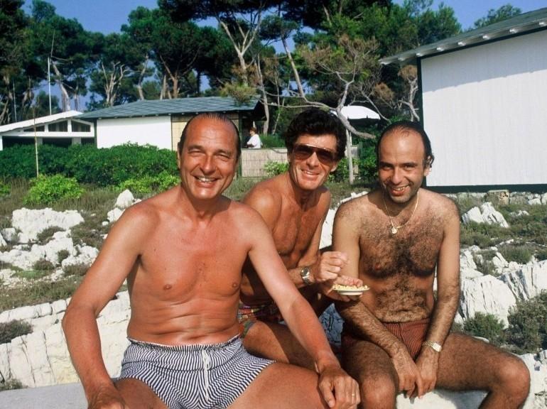 En vacances au cap Ferrat, en août 1987. (LORIEUX/SIPA)