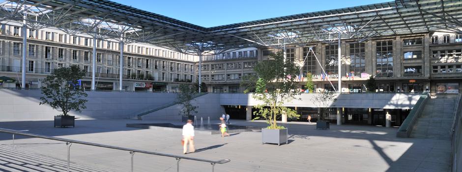 Les plus belles gares de france les petits frenchies - Architecte d interieur amiens ...