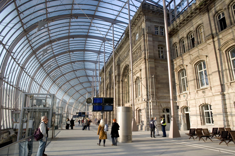 15 Octobre 2007. SNCF. Gare de Strasbourg.